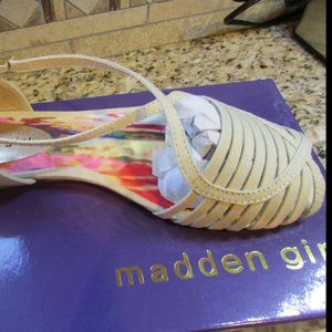 NEW MADDEN GIRL SANDALS FLATS WOMENS